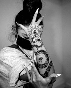 "ARTES OBSCURAE | DARK ARTS on Instagram: ""𝕬𝖗𝖙𝖎𝖘𝖙 𝖘𝖕𝖔𝖙𝖑𝖎𝖌𝖍𝖙: @arang_eleven 🐍 - Tag, like and share 🙏 . . . . #artesobscurae #blacktattooart #blacktattoo #inkaddict #inkedlife…"""