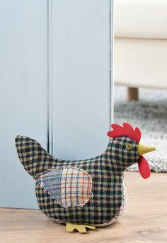 This sweet little bird would bring character and class to any room. The rich tweed fabrics create a Sewing Toys, Sewing Crafts, Sewing Projects, Diy Crafts, Free Chickens, Chickens And Roosters, Easter Chickens, Sewing Stuffed Animals, Stuffed Toys Patterns
