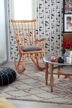 SisustusUnelmia: Kiikkutuoli Blossom tealight candle holder - Copper & Black  #designfromfinland #beandliv