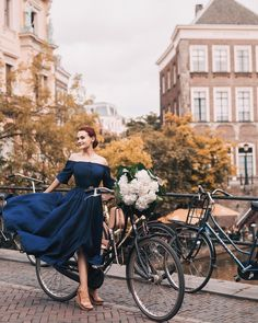 When in #Amsterdam #netherlands Casual Dresses, Prom Dresses, Romantic Images, Aesthetic Photo, Vintage Girls, Retro, Dress Codes, Life Is Beautiful, Clipuri Video
