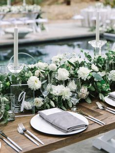 La Tavola Fine Linen Rental: Velvet Dove Napkins | Photography: The Edges Wed, Event Planning & Design: A Savvy Event, Florals: Nancy Liu Chin Designs, Venue: The Glass House, Catering: The Girl & The Fig Caters, Rentals: Theoni Collection and Encore Events Rentals