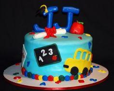 fondant preschool graduation cake
