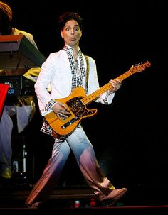 Prince's Seven Most Dickish Moments... And Why We Still Love Him - All Shook Down