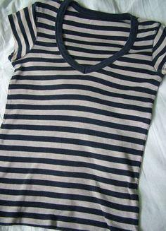 Kup mój przedmiot na #Vinted http://www.vinted.pl/kobiety/koszulki-z-krotkim-rekawem-t-shirty/9774094-t-shirt-w-paski-bialy-granatowy