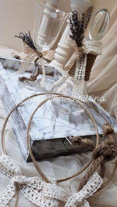 Χειροποίητα στέφανα γάμου με επιχρυση βέργα και λινάτσα by valentina-christina  καλέστε 2105157506 #greek#greekdesigners#handmadeingreece#greekproducts#γαμος #wedding #stefana#χειροποιητα_στεφανα_γαμου#weddingcrowns#handmade #weddingaccessories #madeingreece#handmadeingreece#greekdesigners#stefana#setgamou#μπομπονιερες_γαμου#ποτήριγαμου #σετκουμπάρου Save The Date, Boho Wedding, Queens, Romantic, Weddings, Wedding Dresses, Pretty, Accessories, Bride Dresses