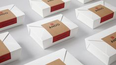 New work for NYC mobile restaurant Ando by David Chang / Momofuku. Design by me and Liz Tran. Custom Packaging, Box Packaging, Packaging Design, Branding Design, Mobile Restaurant, Momofuku, Cake Logo, Bakery Design, Find Work