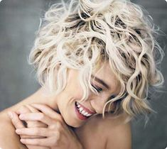 Pretty short hairstyles ideas for curly hair 2017 42
