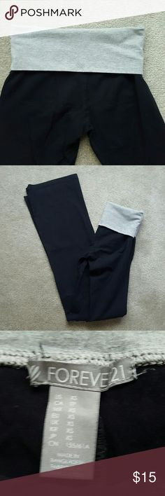 NEW! Forever 21 Yoga Pants BRAND NEW CONDITION! Only worn and washed once. Perfect condition! Grey band - Boot cut - Black yoga pants from Forever 21 - Fits like VS yoga pants - Size X-Small. No trades. Forever 21 Pants Leggings