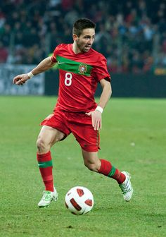 MOUTINHO, Joao | Midfield | FC Porto (POR) | @Joao_Moutinho | Click on photo to view skills
