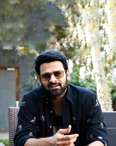 Mail Writing, Prabhas Actor, Prabhas Pics, Bollywood Cinema, Telugu, Bunny, Mens Sunglasses, Hero, India
