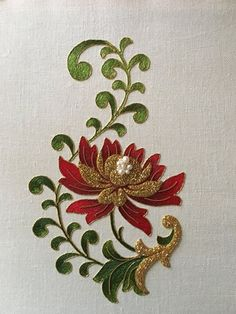 Goldwork Embroidery ~ Silk thread (long and short stitch), gold thread, check purl, size - ~ by Larissa Borodich Couture Embroidery, Crewel Embroidery, Hand Embroidery Patterns, Ribbon Embroidery, Machine Embroidery Designs, Bordado Floral, Motif Floral, Embroidery Techniques, Embroidered Flowers