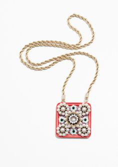 Stories square amulet necklace in red