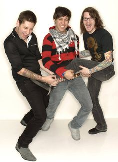 For everything Fall Out Boy check out Iomoio Fall Out Boy, Soul Punk, Dodie Clark, Patrick Stump, Pete Wentz, Rock Songs, Latest Albums, Emo Bands, Green Day