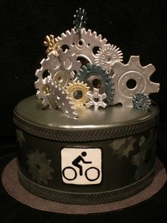 Bike Gears This is a cake I did for my brother-in-law's birthday. He is a world cup downhill mountain bike racer so I wanted a manly...