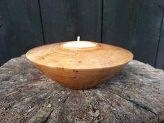 Tea light holder made of Prunus wood