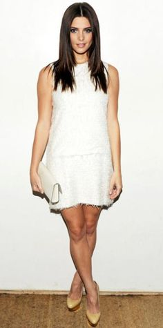 SEPTEMBER 17, 2011 Ashley Greene Editor's choice WHAT SHE WORE Ashley Greene attended the Calvin Klein Collection show in a characteristically minimalist design from the label. WHY WE LOVE IT With her sleek dark locks and subtle tan, the Twilight star glowed in all-white.