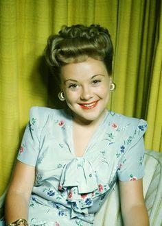 Vintage Glamour Girls: Sonja Henie