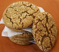 Molasses Spice Cookies - soft, chewy, deliciously spiced, molassas cookies, perfect texture - Gonna Want Seconds