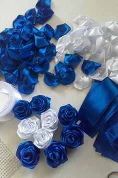 Paper Flowers Diy, Fabric Flowers, Ribbon Flower Tutorial, Flowers Today, Wedding Brooch Bouquets, Decoupage Box, Ribbon Art, Crafts To Make And Sell, Wedding Anniversary Gifts