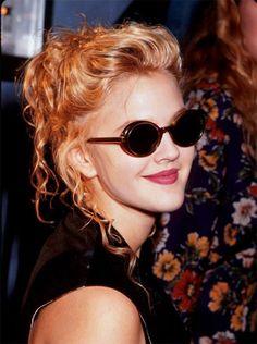 Drew barrymore, mid актрисы, вдохновляющие и Grunge Outfits, 90s Fashion Grunge, Style Outfits, 90s Grunge Hair, 1990s Grunge, Couture Fashion, Fashion Fashion, Runway Fashion, Fashion Outfits