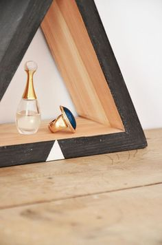 wooden triangle - home decoration - shelf - geometric - black and white