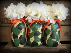 Set Of 3 Quart Camoflage Painted Mason Jars, Camo Decorations, Camo Wedding, Camo Mason Jars, Camofl Camo Wedding Centerpieces, Mason Jar Centerpieces, Baby Shower Centerpieces, Baby Shower Decorations, Camo Decorations, Baby Shower Camo, Redneck Party, Camo Baby Stuff, Painted Mason Jars