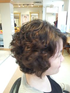 Digital perm for short hair by Su. Added Beauty 416 229 6987
