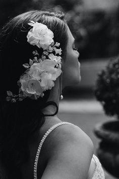 REMBRANT | Floral bridal hair piece 7 Headpiece Wedding, Wedding Veils, Bridal Hair, Romantic Updo, Romantic Hairstyles, Side Swept Hairstyles, Up Hairstyles, Cream Wedding, Modern Romance