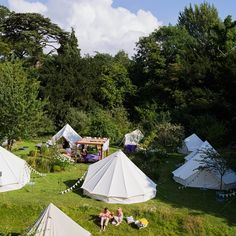 Bell tents are up and the sun is shining as guests arrive at Alice Temperley's #whitemagic #summerparty #behindthescenes