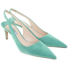 Pre-owned pumps in mint green ($330) ❤ liked on Polyvore featuring shoes, pumps, black, black pointy-toe pumps, prada shoes, narrow shoes, mint green pumps and pointed-toe pumps