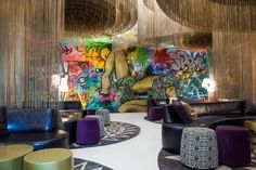 These 8 Restaurants Feature Amazing Art by the Likes of Banksy, Basqui Photos | Architectural Digest