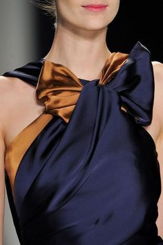 Gorgeous bow-necked evening dress