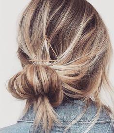bobby pin triangle into low bun | short hair ideas | blonde balayage hair