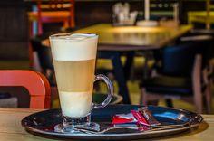 Cafea latte machiatto Latte, Drinks, Tableware, Coffee Milk, Beverages, Dinnerware, Dishes, Place Settings, Drink
