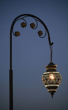 Marrakesh lamp, Rob Whittaker Photography, flickr.com
