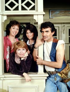 Rest in Peace Bonnie Franklin. 'One Day at a Time' star, has died at age 69