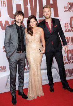Lady Antebellum at CMA awards 2011  Dave Haywood, Hillary Scott and Charles Kelley
