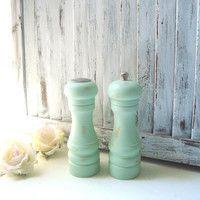 Mint Green Salt and Pepper Set, Pastel Green Vintage Pepper Grinder and Salt  Shaker Set