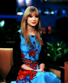 Blue and red dress! <3 LOVE it!