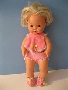 Antique Dolls, Vintage Dolls, Hair Melt, 1970s Dolls, Childhood Days, Retro Toys, Sweet Memories, Classic Toys, Old Toys