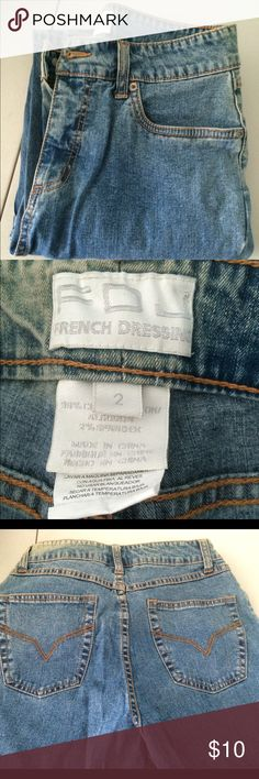 French Dressing Jeans Size 2 Straight leg FDJ label slightly faded at waist on right side size 4 Jeans Straight Leg