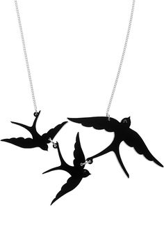 Swallow Triple Necklace - black