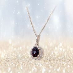 Czech design jewels and crystals 21 % Tax Free! Find us in Štupartská street in Prague and choose your own glittering jewelry in Prague Garnet Center! Prague, Garnet, Gifts For Women, Gems, Necklaces, Pendant Necklace, Jewels, Crystals, Luxury