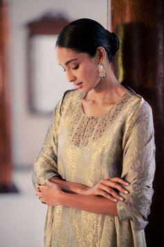Salwar Kurta, Designer Party Wear Dresses, Kurta Designs Women, Indian Suits, Dress Images, Festival Fashion, Indian Fashion, Earth, Embroidery