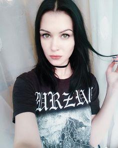 porno-devki-blek-metala-seks-devushki-s-ogromnim-huem-negra