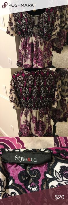 🛍Boho purple, cream & black tunic Boho purple, cream & black tunic - empire waist - really cute with jeans or denim skirt & boots!! Tag has been removed but it fits L/XL. Style & Co Tops Tunics