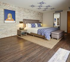 Convierte tu espacio favorito en una obra de arte con nuestros pisos cerámicos tipo madera #CoronaInspira
