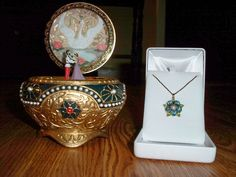 This is my Anastasia Music Box and Necklace Key. I found the music box at SFMusicBox.com. But, I found the necklace key one fateful December night while me and my family were Christmas shopping at ...