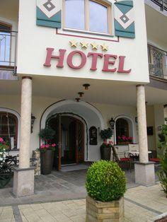 Eingang Hotel Pramstraller Neon Signs, Mayrhofen, Door Entry