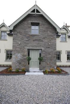 New House Exterior Ireland Posts Ideas Old Stone Houses, Modern Entry, Exterior Remodel, Exterior Doors, Bungalow House Design, Craftsman House Plans, Facade House, Small House Plans, House Goals